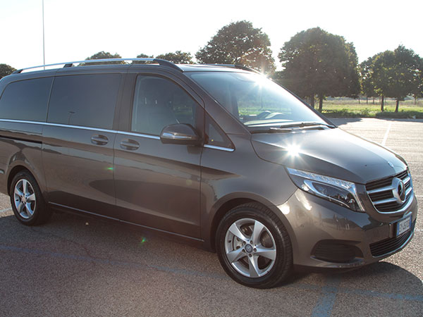Mercedes classe V profilo